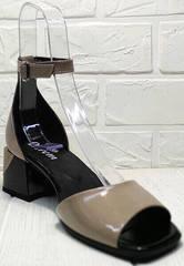Открытые женские босоножки на каблуке Derem 602-464-7674 Beige Black.