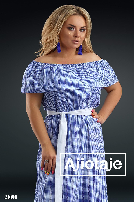 Платье в синюю клетку с белым пояском