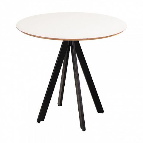 стол в скандинавском стиле