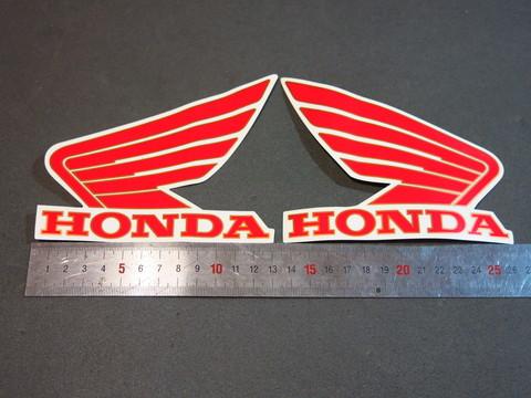 Наклейки на бак Honda красные крылья