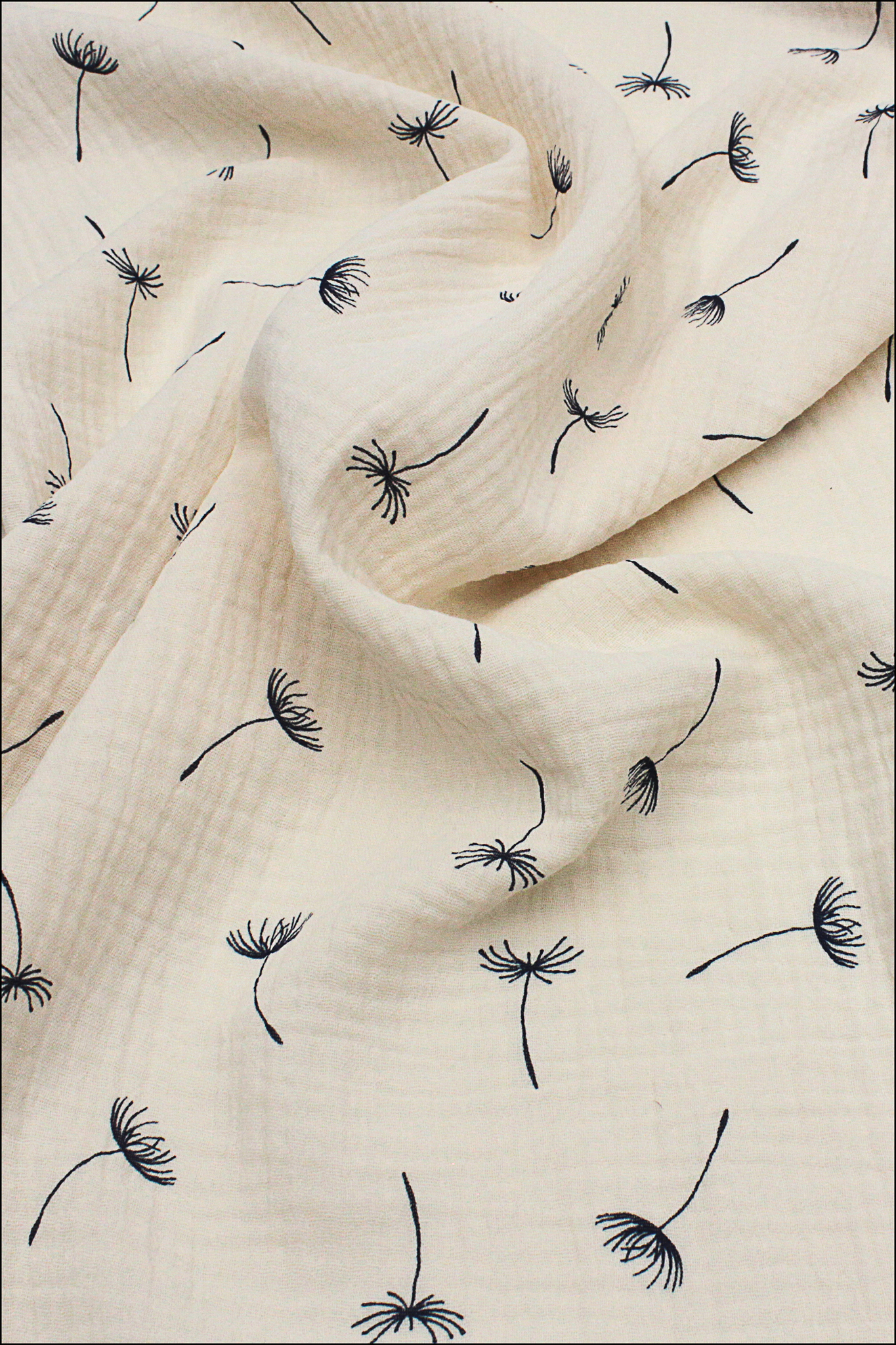 Ткань муслиновая,одуванчики на кремовом