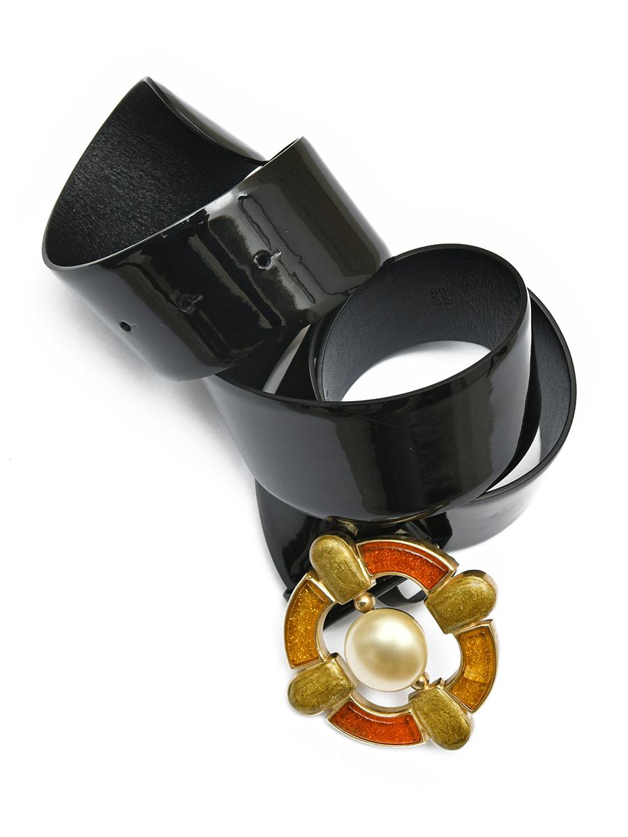 Кожаный лакированный ремень Chanel со стеклом Gripoix 2007 г. осенняя коллекция
