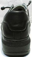 Полностью черные кроссовки на толстой подошве женские Rozen M-520 All Black.