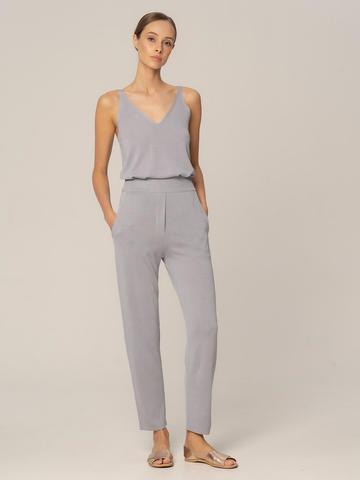 Женские брюки с карманами светло-серого цвета из шелка и вискозы - фото 2