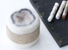 цвет 009 / белый мрамор, графит, розовая камея