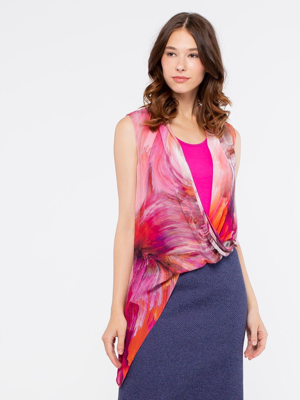 Блуза Г552-148 - Оригинальная двойная блуза из комбинированной ткани. К телу однотонный вискозный трикотаж, сверху нежнейшая вискоза. Низ блузы на резинке, что создает небольшой напуск. Такая блузка подчеркнет индивидуальность и выразительность женского образа, она уместна на торжественных и официальных мероприятиях