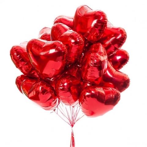Букет шаров фольгированных красных сердец на романтик