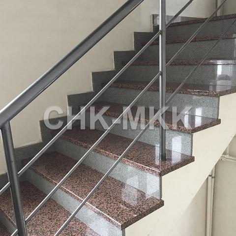 Лестница №11 гранит Россо Марино