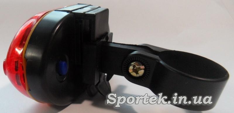 Червоний задній ліхтар для велосипеда з кріпленням до Підсідельний штир