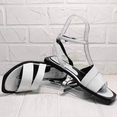 Женские босоножки с квадратным носком Brocoli H1886-9165-S873 White.