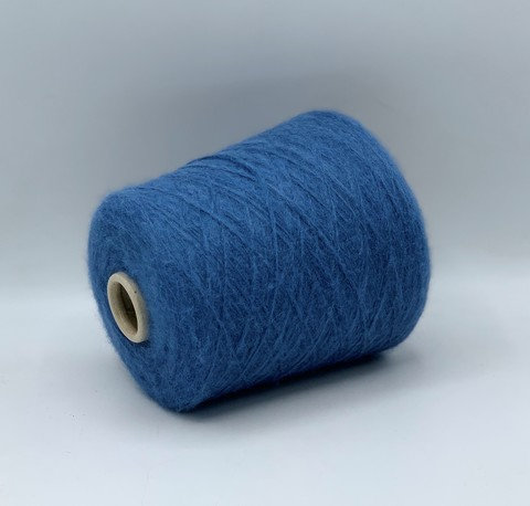 Бобинная пряжа (пр.Италия),art.Royal silk, 420 м / 100 гр. 30%полиамид 20%шелк малберри 50%бэби альпака ,цвет-Бриллиантово-синий , арт.9577