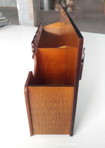 Медальница ДекорКоми именная из дерева с карманом для дипломов