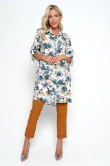 """<p>Очень утонченно и женственно выглядит костюм """"Римские каникулы"""", состоящий из удобных брюк на резинке, с карманами и удлиненной туники .</p>"""