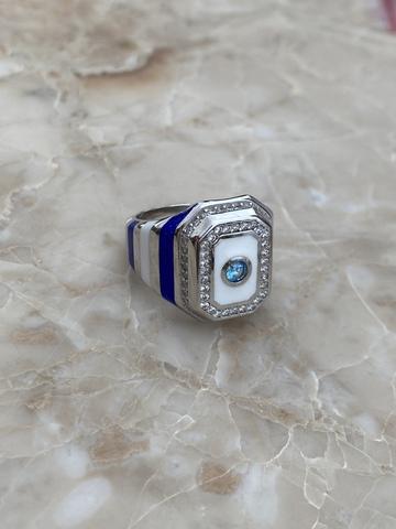 Кольцо-печатка из серебра с синей и белой эмалью и голубым цирконом