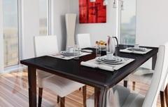 Прозрачная скатерть на кухонном столе