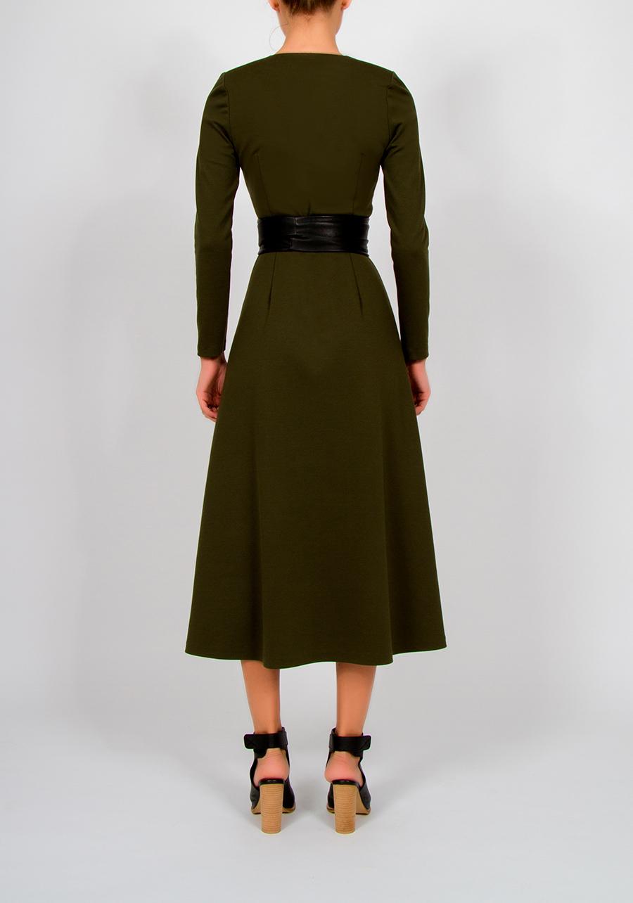 Трикотажное платье миди цвета хаки