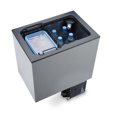 Компрессорный автохолодильник Dometic CoolMatic (40 л, 12/24, встраиваемый)