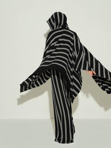 Женские брюки в черно-молочную полоску из шерсти - фото 3