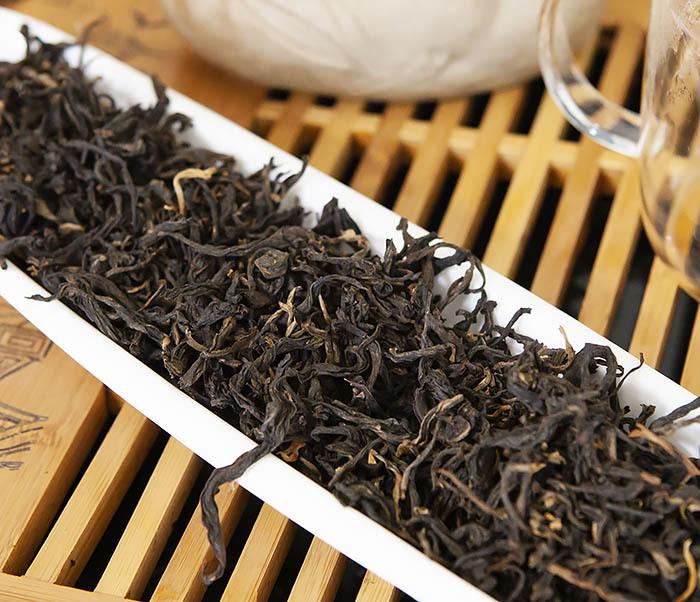 TEA-CH109 Красный чай «Золотой Пух из Дяньси» (Цзинь Хао Дянь Хун, 40-50% почек, 50 гр) фото 04