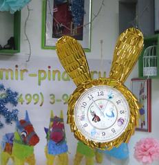 Пиньята Золотые часы Белого кролика - Алиса в стране Чудес- mir-pinata.ru
