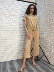 Костюм женский с брюками бежевый купить