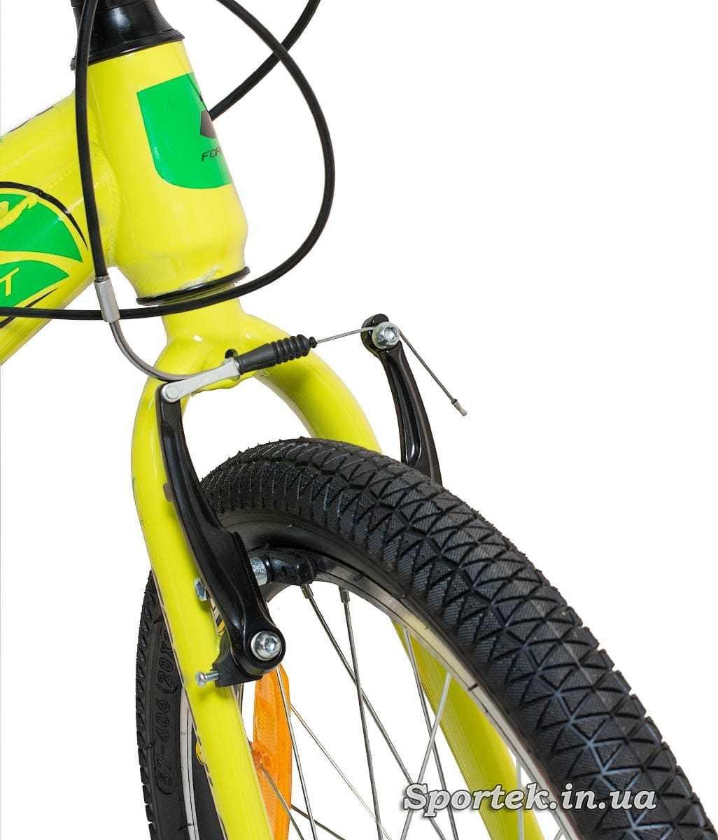 Переднее колесо и тормоз горного детского велосипеда Formula Lim