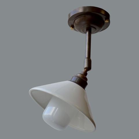 Потолочный светильник с керамическим плафоном, Состаренная латунь (Англия)