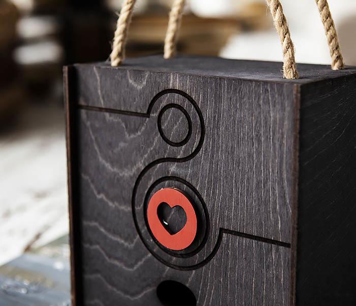 BOX221-1 Коробка для подарков к Международному Женскому Дню (17*17*10 см) фото 02