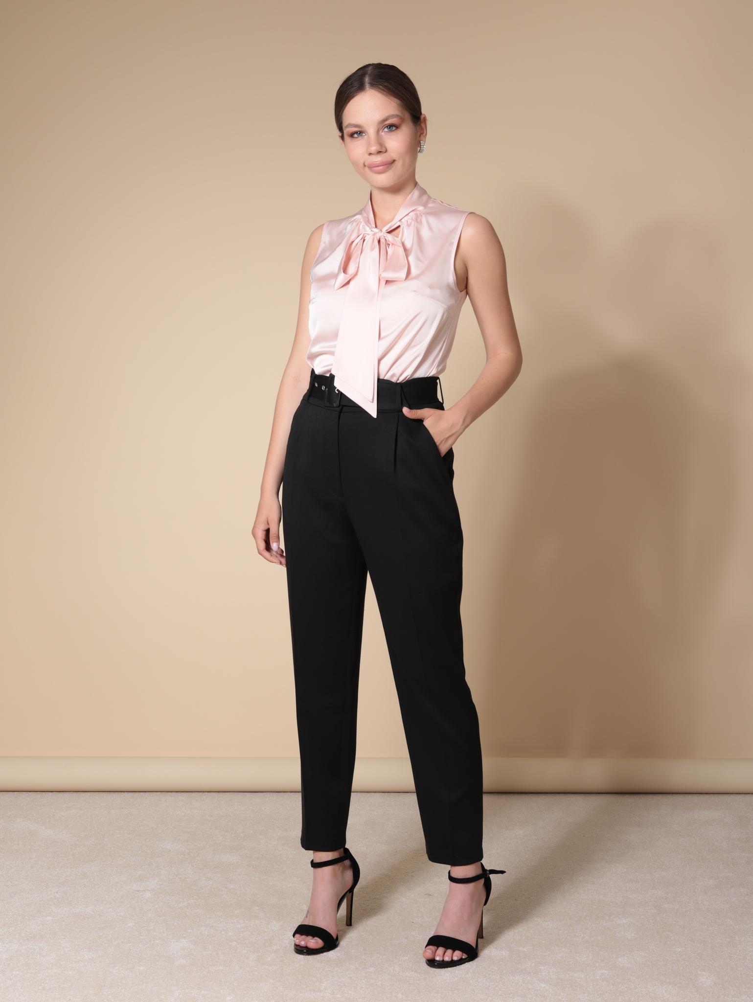 Блузка с воротником-бантом из шелка (молочно-розовый)