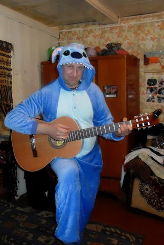 Крутой стич-гитарист
