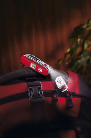 Нож Victorinox Traveller Lite, 91 мм, 29 функций, полупрозрачный красный123