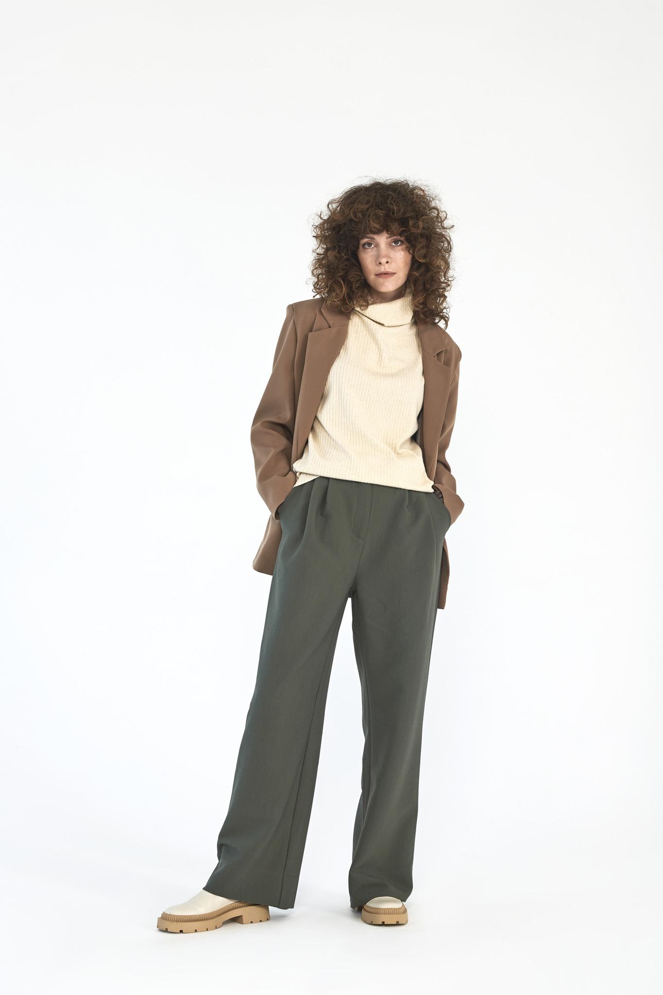 Широкие брюки с двумя складками (костюмный твил), шалфей