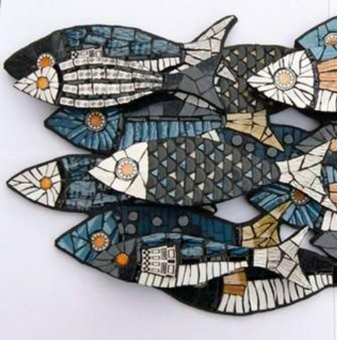 Рыба из пенопласта в мозаике