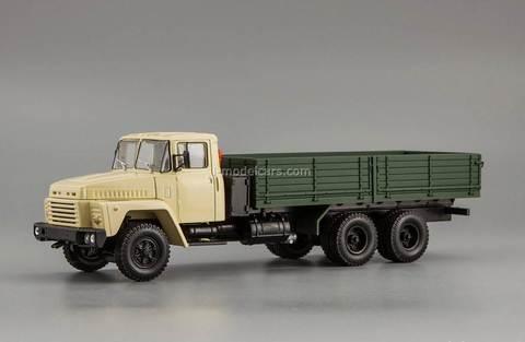 KRAZ-250 1977-1989 beige-green 1:43 Nash Avtoprom