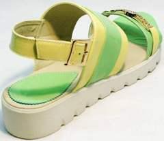 Сандалии кожаные женские босоножки на маленькой танкетке Crisma 784 Yellow Green.