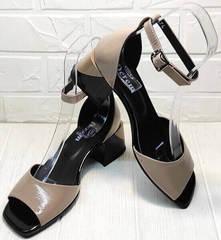 Босоножки на низком каблуке - босоножки женские кожаные Derem 602-464-7674 Beige Black.