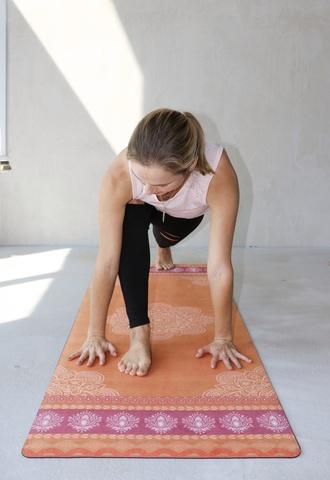 Коврик для йоги Goya 183*61*0,3 см из микрофибры и каучука