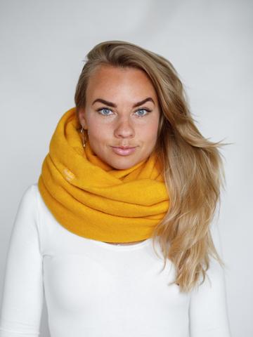 Снуд жёлтый из турецкой шерсти