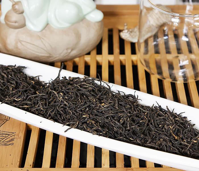 TEA-CH110 Китайский красный чай «Серебряные Брови» (Инь Цзюнь Мэй, 50 гр) фото 04