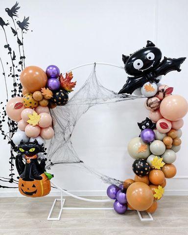 Фотозона из воздушных шаров на Хэллоуин