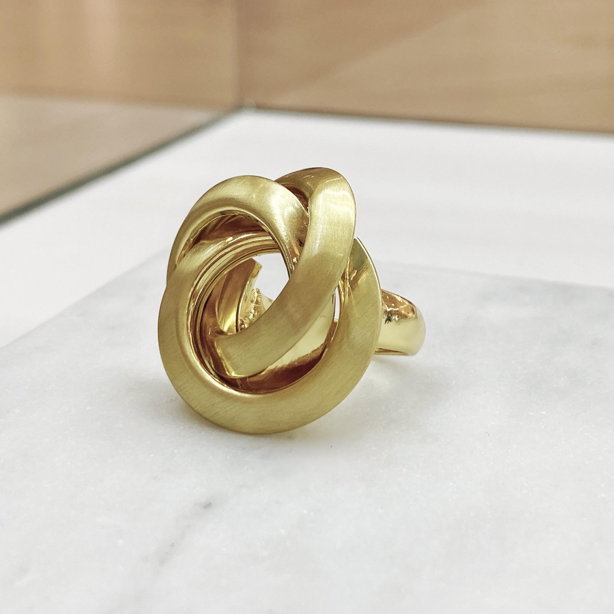 Кольцо Vi Водоворот золото