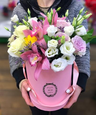 Цветы в шляпной коробке #1395