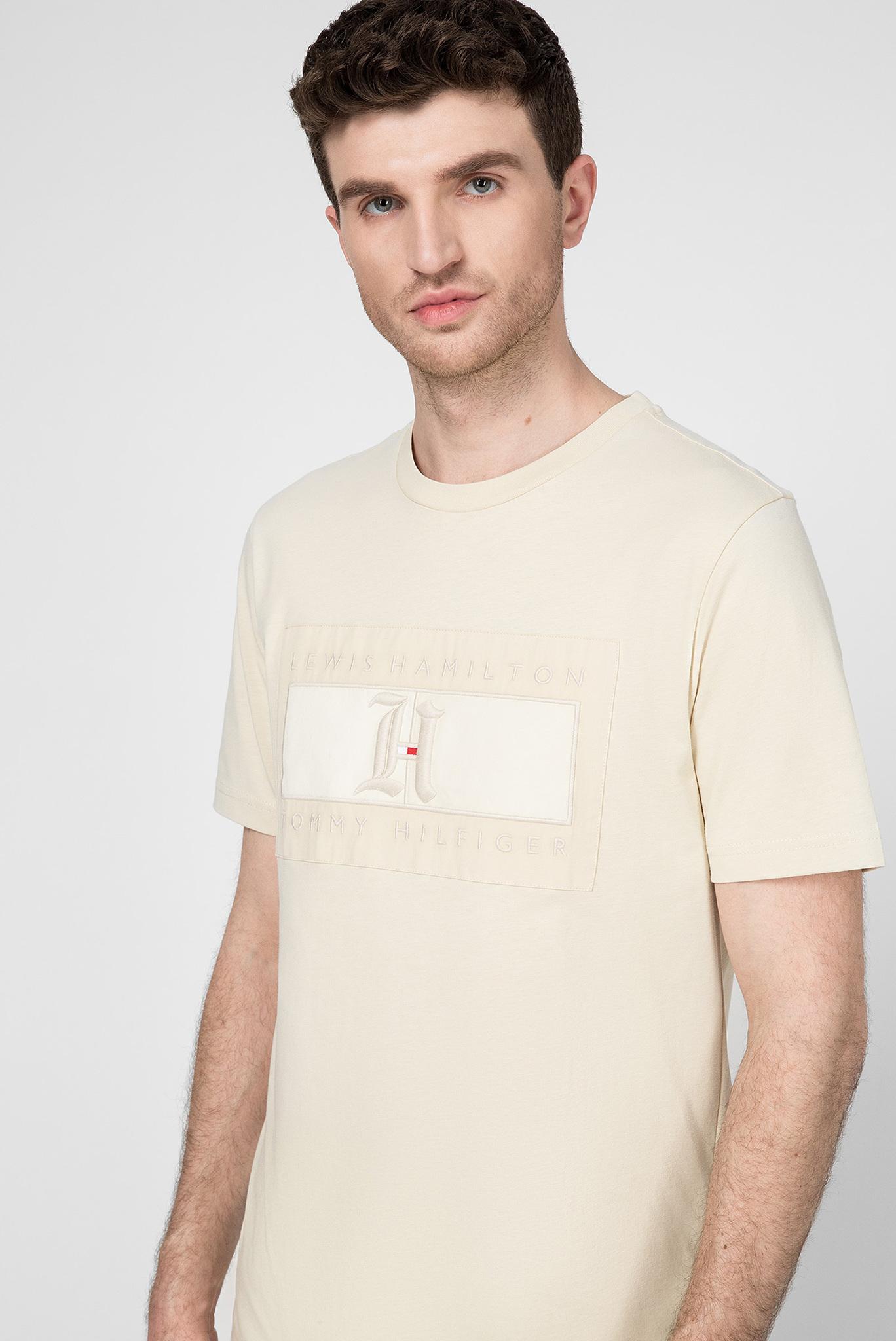 Мужская бежевая футболка Lewis Hamilton Tommy Hilfiger