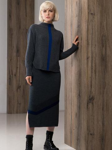 Юбка прямого силуэта с рельефным асимметричным рисунком и разрезами. - фото 1