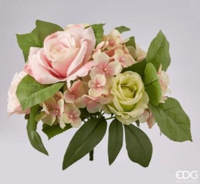 Букет роз с гортензией розовый