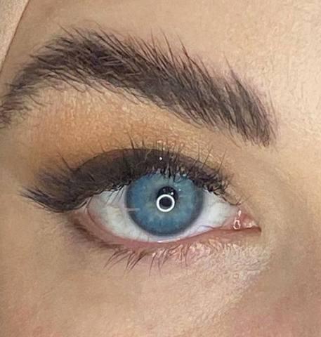 Светло-голубые линзы с окантовкой на 12 месяцев Marquise sura blue / Линзы в стиле Acuvue define