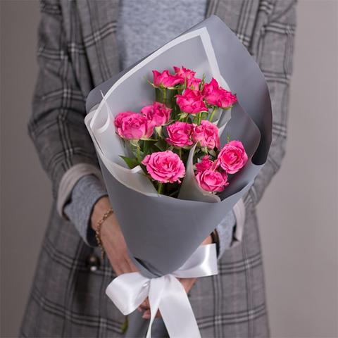 Букет-комплимент из кустовых роз