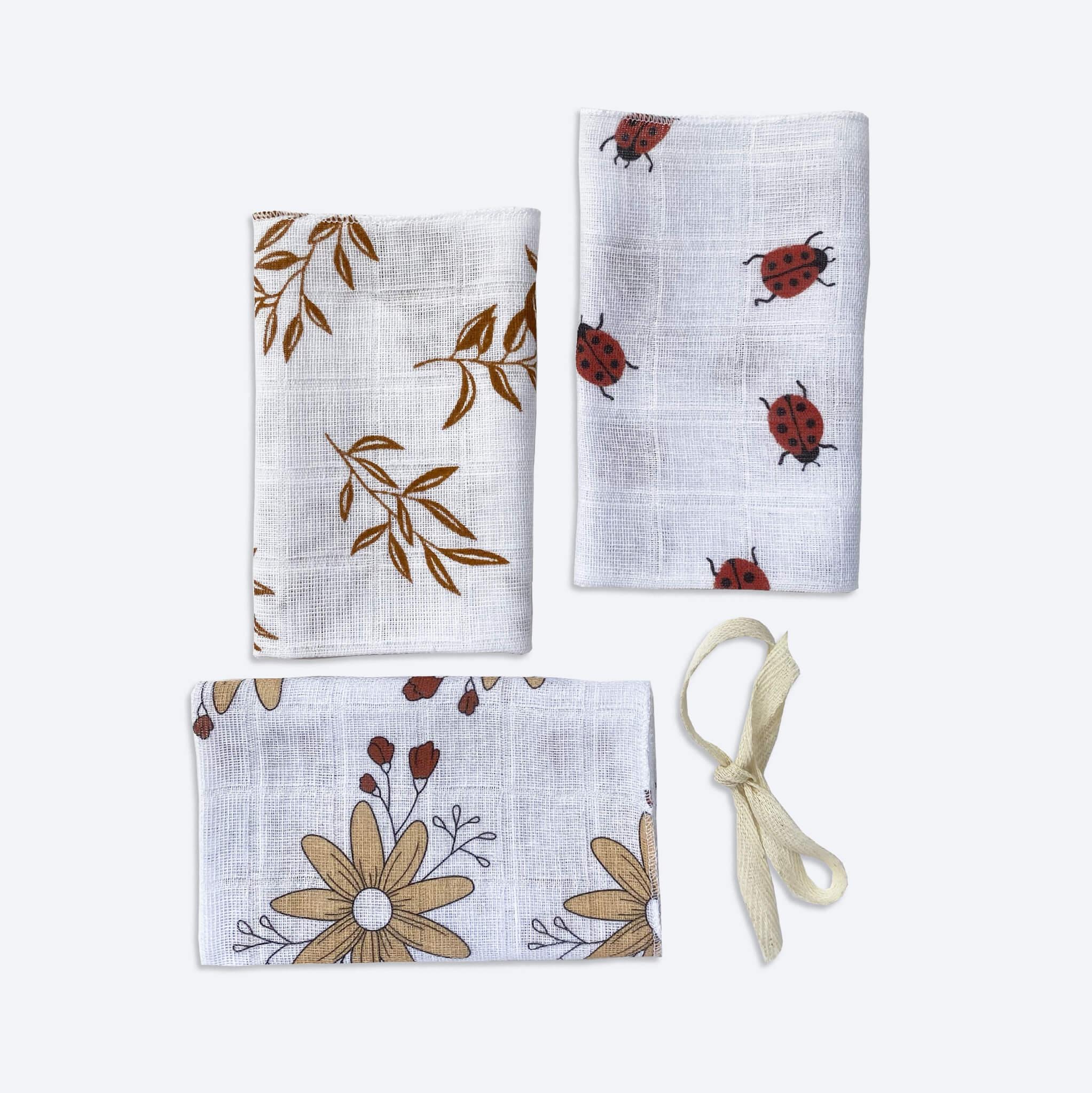 Сет из 3х муслиновых салфеток Mjölk Божьи коровки/Листья/Цветы