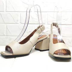 Женская летняя обувь - бежевые босоножки на каблуке Brocoli H150-9137-2234 Cream