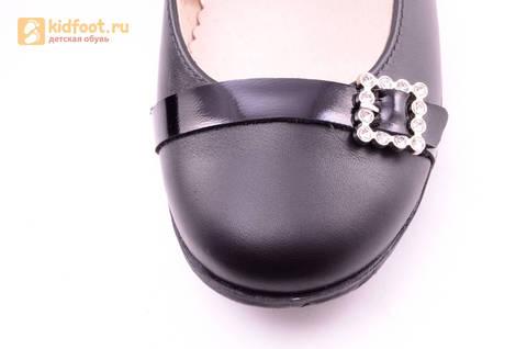 Туфли для девочек из натуральной кожи на липучке Лель (LEL), цвет черный. Изображение 15 из 20.